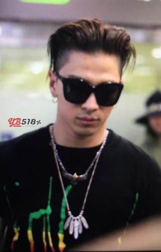 Big Bang - Gimpo Airport - 20may2015 - Tae Yang - YB 518 - 01