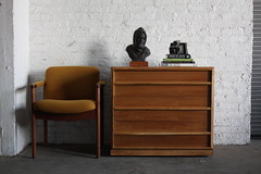 ***ON DECK***Mid Century Modern T.H. Robsjohn Gibbings Chest of Drawers For Widdicomb (U.S.A, 1950's)