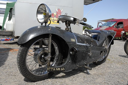 MAJESTIC 350cc ( Fr ) by vintage-revival