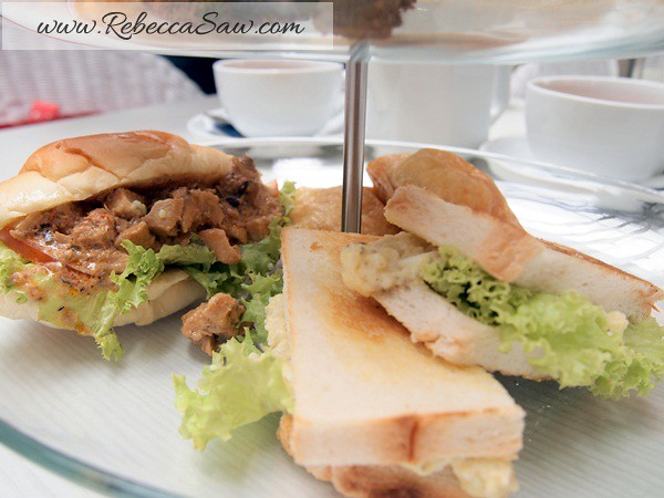 swich cafe publika - high tea for 2 RM55-007