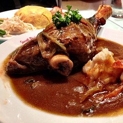 gravy, meal, curry, meat, food, dish, cuisine, coq au vin, lamb and mutton,