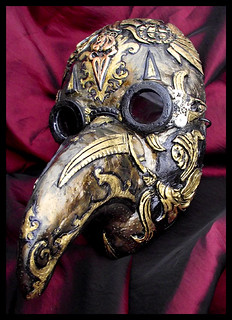 Steampunk plague doctor mask (by namingway)