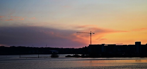 Cardiff Bay 3 by birbee