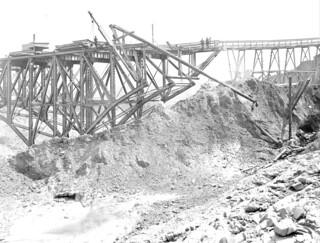 Dearborn Street Bridge under construction, 1917