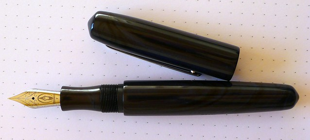 Edison Pearl Blue/Black Swirl Ebonite
