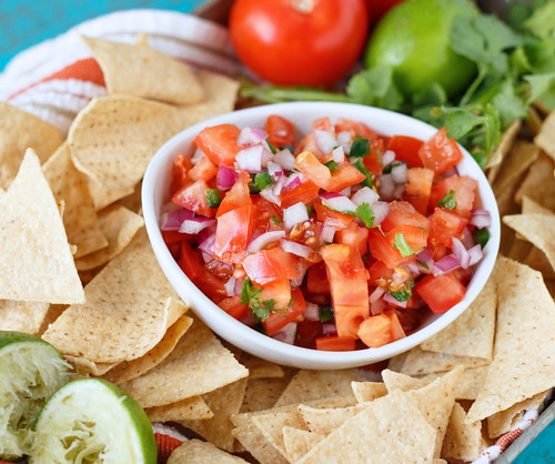 Pico de gallo chips