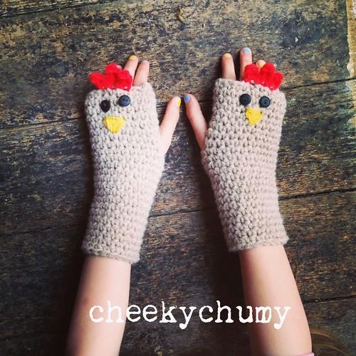 Chicken fingerless gloves