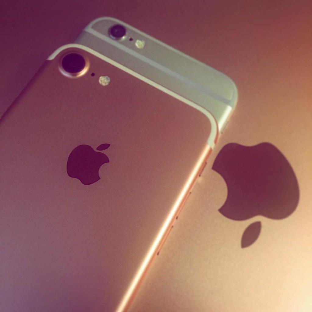洗えるiPhoneがついに来た。 #iphone7 #rosegold