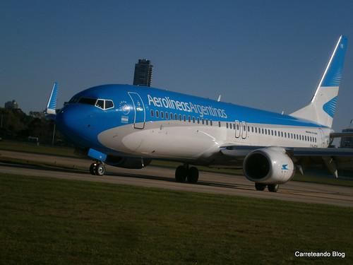 Boeing 737-800 LV-FYK procedente de Bariloche