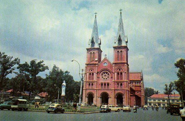 Saigon - Cathedral - Old Postcard