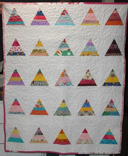 girly string triangle quilt