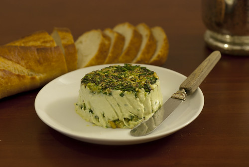 """Green"" Cashew Cheese Spread"