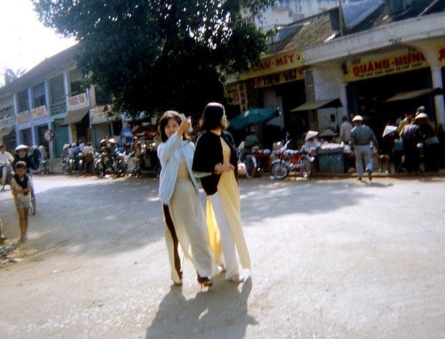 Ban Me Thuot 1968-69 - Downtown