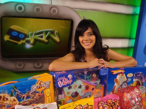 Anabel Angus en el programa de TV Chicostation