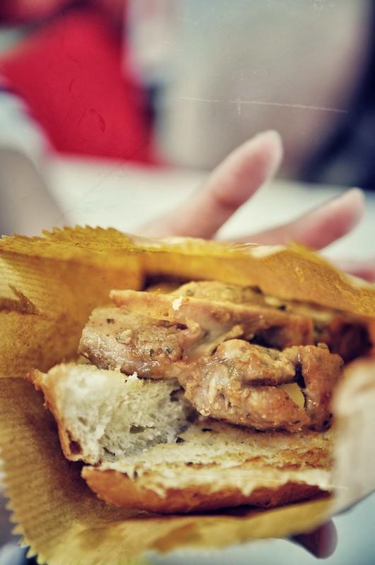 豬扒包 | Pork Chop Bun