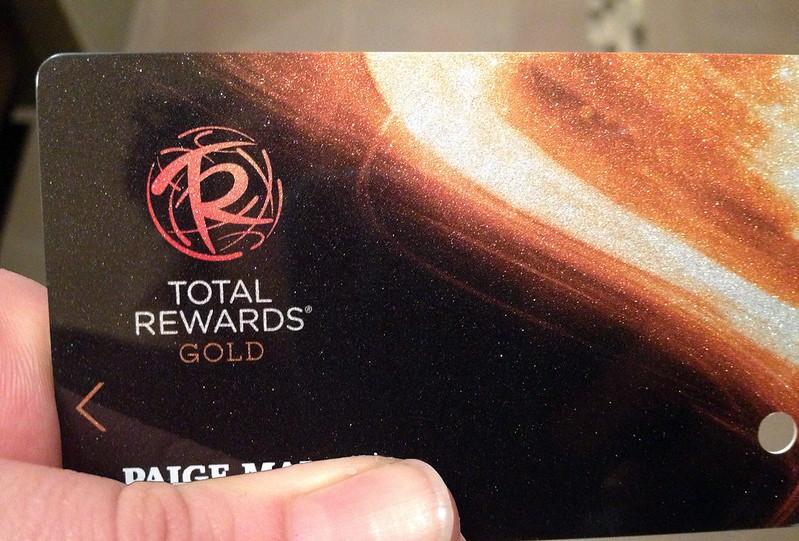 horseshoe casino rewards card