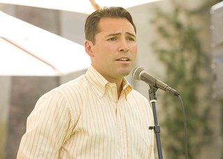 Oscar De La Hoya is a major donor at White Memorial Medical Center Charitable Foundation
