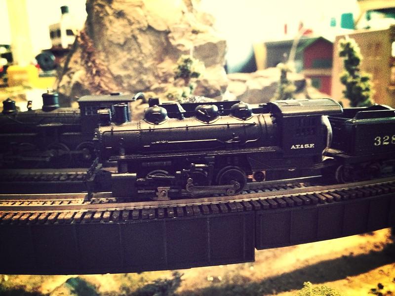 x-6-0 Bachmann steam locomotive comparison.