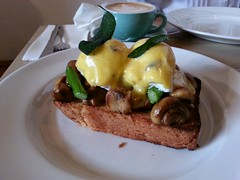Brioche, mushrooms, poached eggs, Hollandaise sauc…