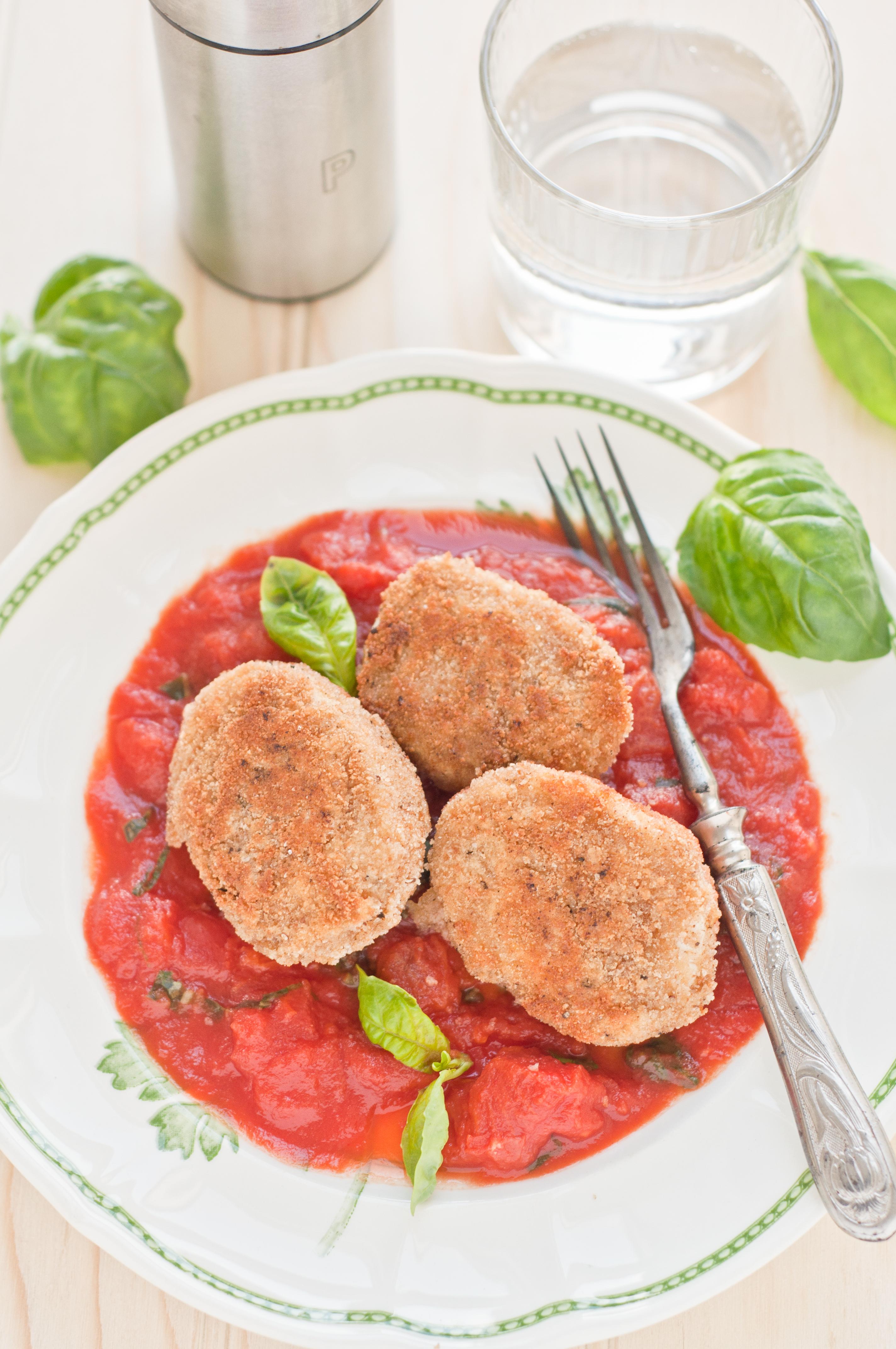 munad tomatikastmes