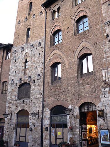façades san gimignano.jpg