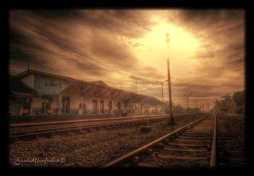 Stasiun Ciamis (CMS) by Karidah Nan Indah