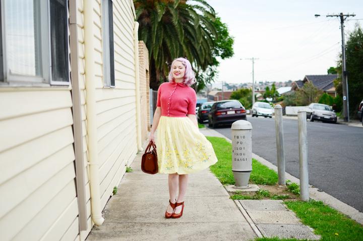vintage pink cardigan b