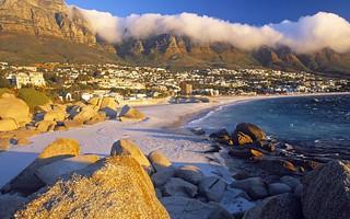 Playa de la Bahía Clifton, en Ciudad del Cabo.