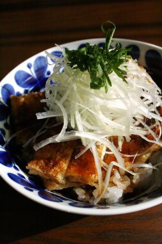 【レシピあり】 揚げとねぎのべっこうあん丼