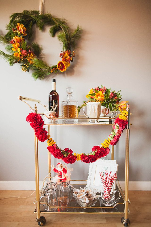 How to: Throw a Charming Holiday Party
