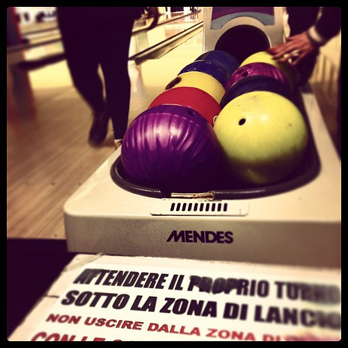 Bowling by Davide Restivo