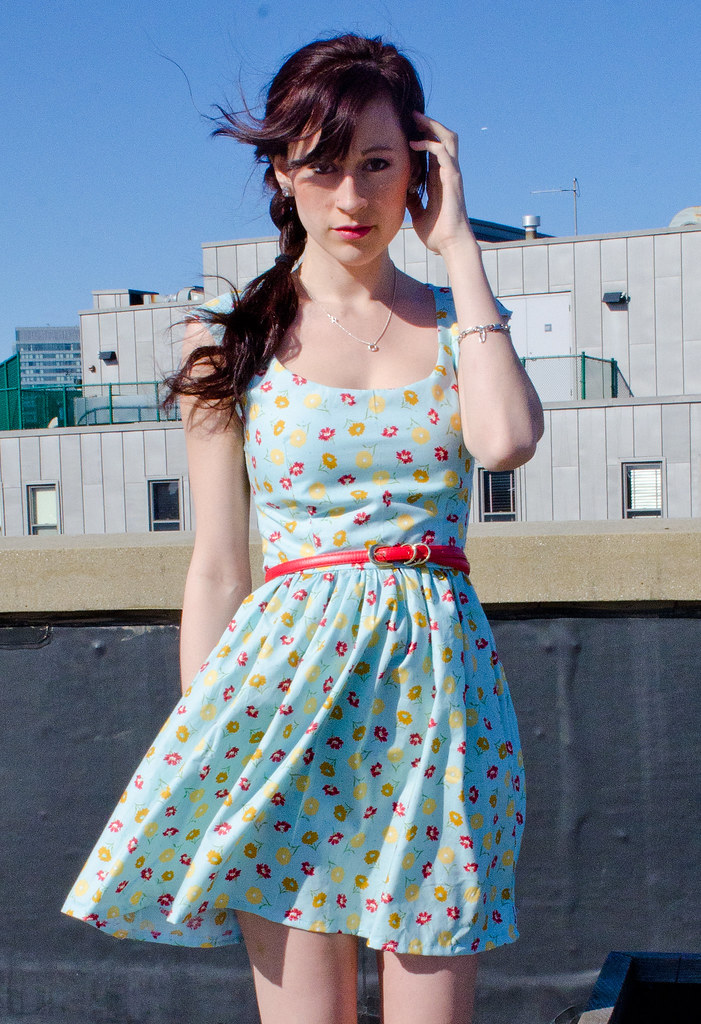Blue floral cap-sleeved dress
