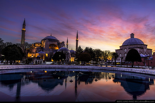 longexposure morning sky cloud tree museum sunrise turkey landscape temple dawn islam istanbul mosque historic dome orthodox hagiasophia ayasofya historicsite 日出 historicbuilding 雲彩 土耳其 清晨 jungpangwu oliverwu oliverjpwu 清真寺 olvwu 霞光 伊斯坦堡 historicpeninsula 彩霞 istanbulcity daybreaking 長時間曝光 長曝 聖索菲亞大教堂 istanbulprovince 晨彩 jungpang ἁγίασοφία orthodoxpatriarchalbasilica