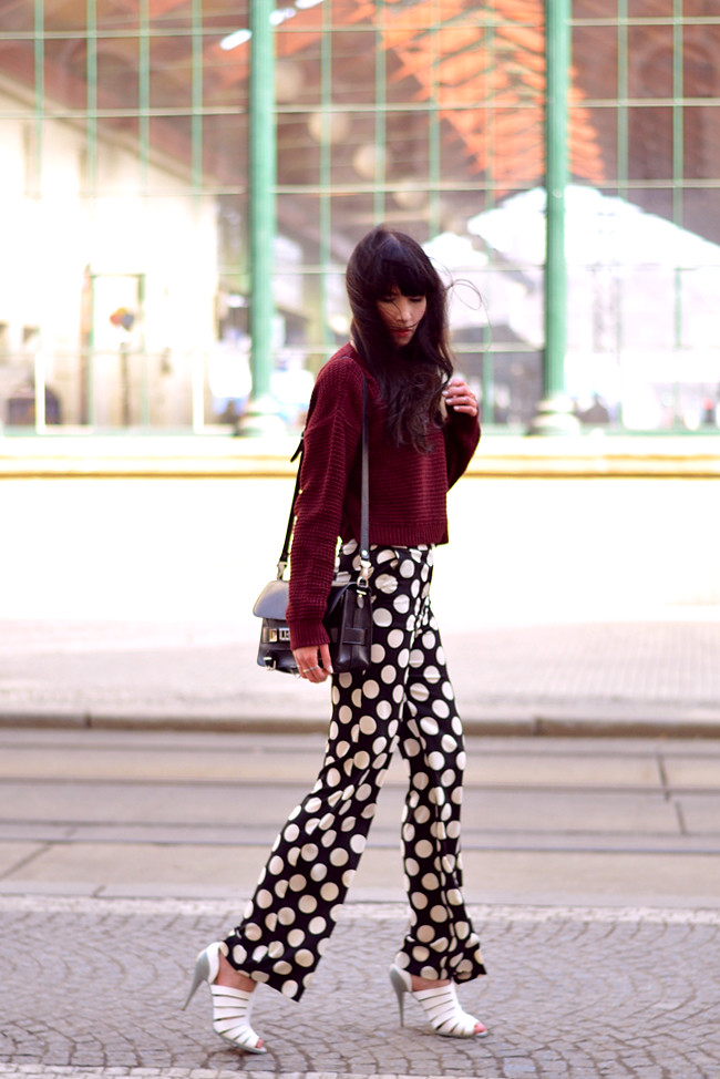 Topshop dots burgundy outfit blogger CATS & DOGS fashion blog 10
