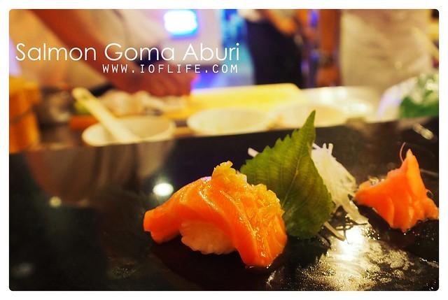 salmon goma aburi umaku