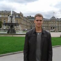 Tomás en la Schlossplatz de Stuttgart