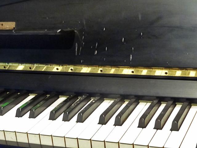 john-lennon-piano-wax