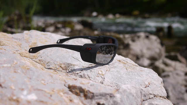 5e949288a7 The Julbo Bivouak Spectron 4 is also close enough and protects your eyes  perfect against heavy storms and snow and the field of view is big enough  to see ...