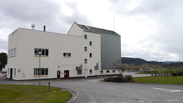 2013-04-30 391 Aultmore Distillery