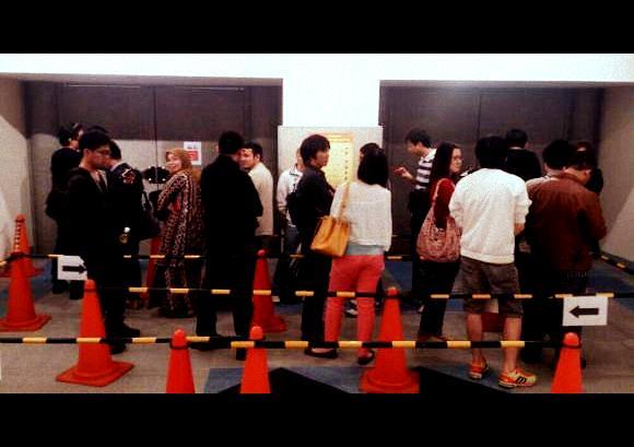 tokyo-voters