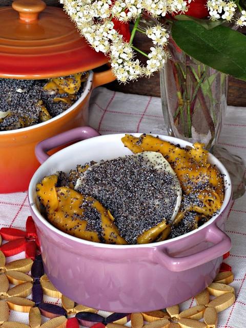 Mille foglie di Caramelle e Piemontesino con Burro Nocciola e Semi di Papavero