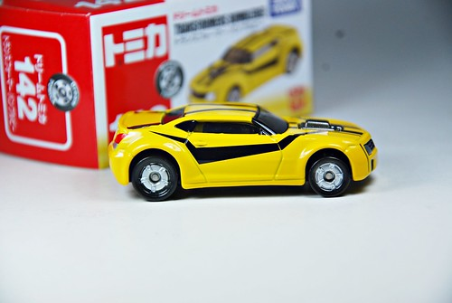 Tomica #142: Transformers BumbleBee