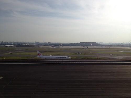羽田空港第一ターミナル展望デッキ by haruhiko_iyota