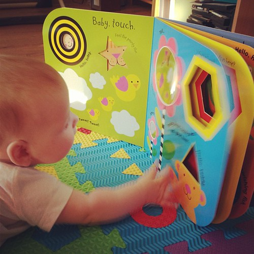 Насте вроде тоже понравилась Baby Touch от Ladybird. Написала в жж про книги!