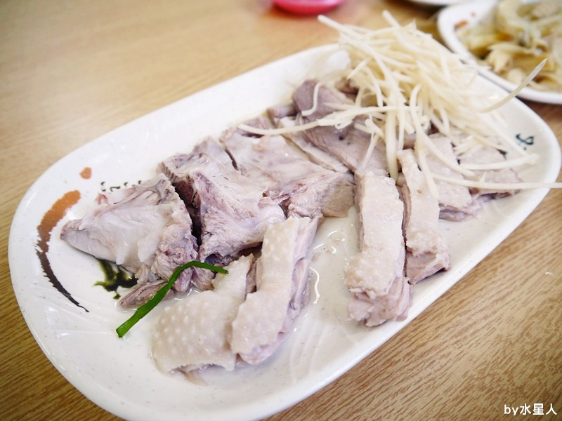 28167055340 de44d3dc3a b - 台中西屯| 福林鵝肉,工業區新開店,無骨鵝肉鮮美多汁,軟綿入味的豬腳便當!