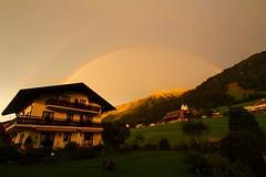 Gatterhof mit Regenbogen