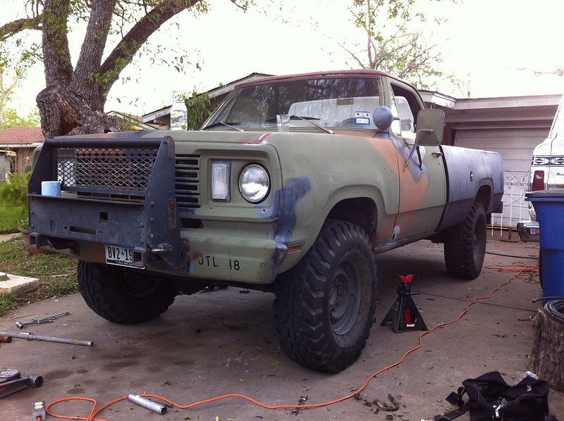 Post some photographs of your M880 (military Dodge ...