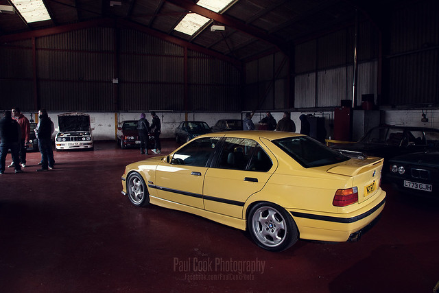 Image of BMW M3 (E36/4S)