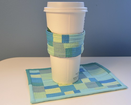 improv mug rug and coffee cozy tutorial
