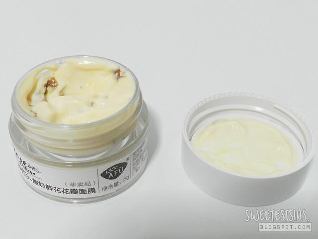 afu rose petals yogurt mask swatch